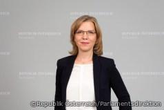 Leonore Gewessler: Kimaschutzmilliarde